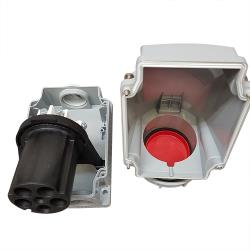 IP67 CEE Surface Mounted Socket Outlet Red 415V 5 Pin 63A 6H